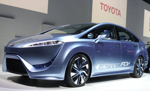 Toyota shows off new mid-sized hydrogen-powered vehicle at Tokyo Motor Show