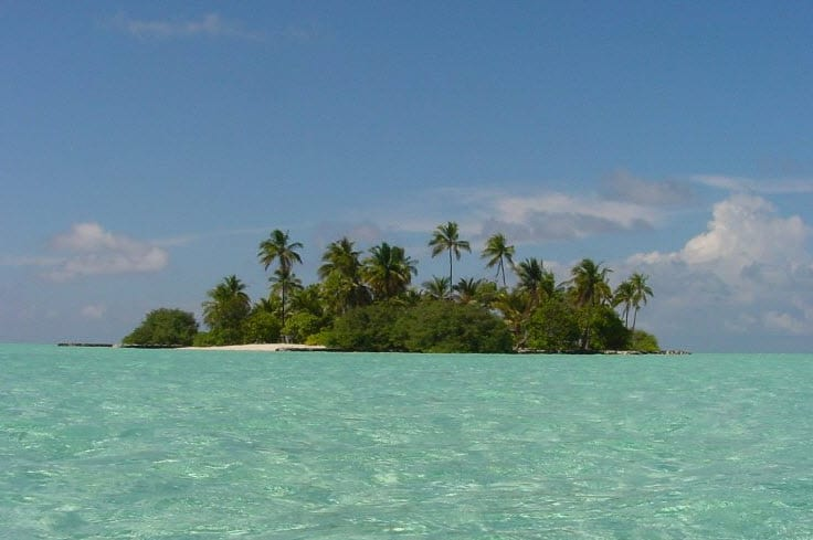 One Island in the Maldives - Alternative Energy News