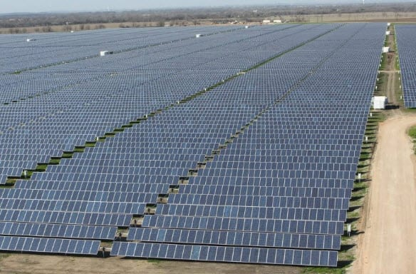Austin Energy activates largest solar farm in Texas