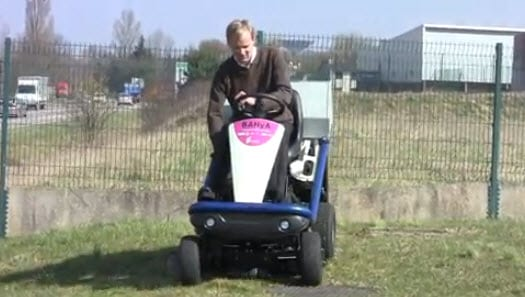 MaHyTec creates world's first hydrogen-powered riding lawnmower