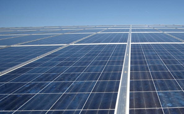 World's largest solar power plant comes online in Saudi Arabia