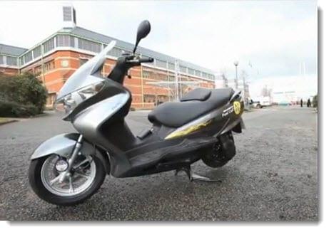 Suzuki hydrogen fuel scooter