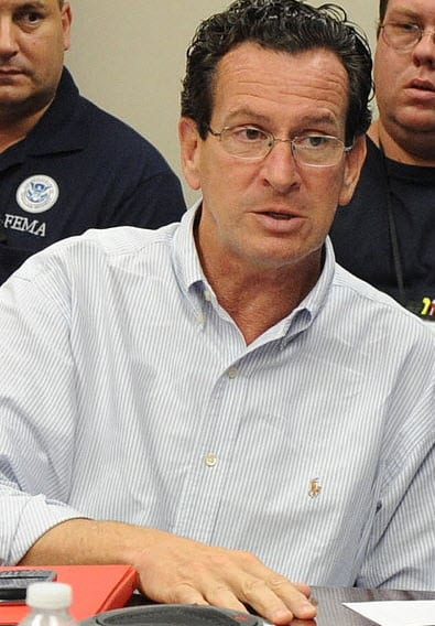 Governor Dannel Malloy annouces clean transportation for Connecticut