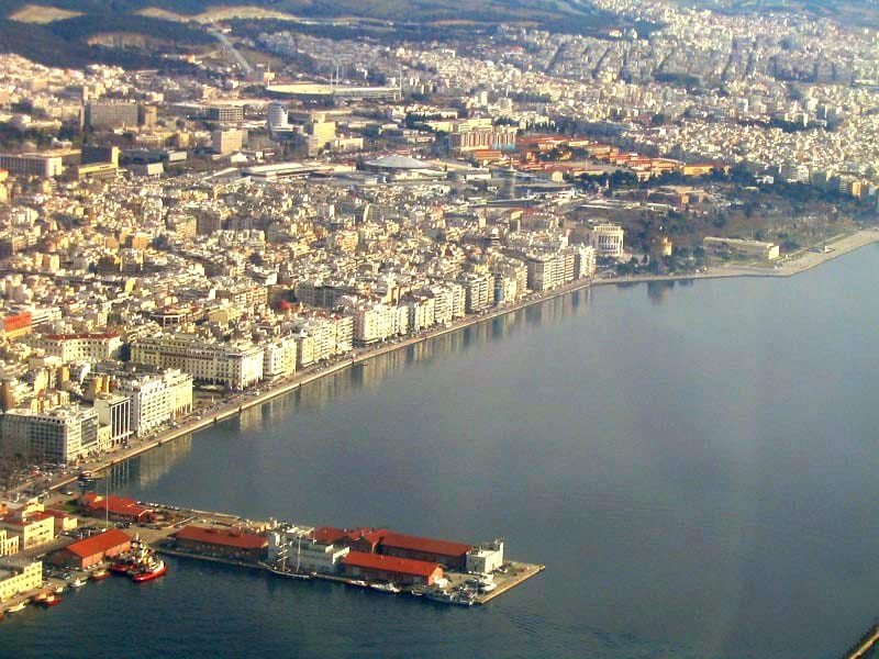 Greece turns to solar energy for economic recovery