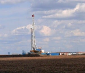 Fracking - Gas drilling well