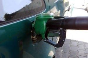 Hydrogen Fuel - Fueling up car