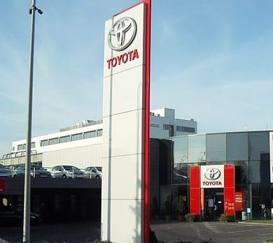 Hydrogen Fuel News - Toyota Dealership