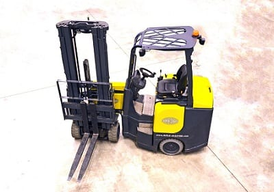 Hydrogen Fuel Cells To Power Forklift - Image of Forklift