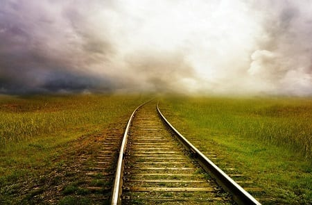 hydrogen-fuel-cell-train-train-tracks