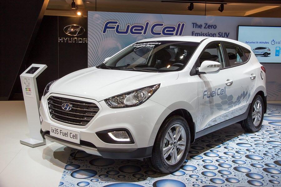 Hyundai ix35 hydrogen fuel car