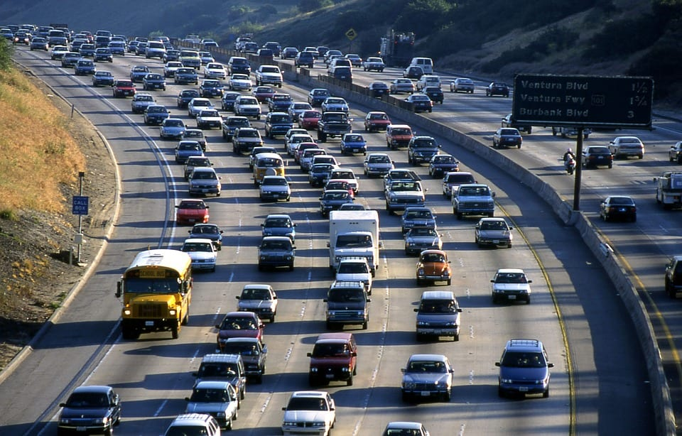 California agencies aim to demonstrate the capabilities of hydrogen fuel cells in vehicles