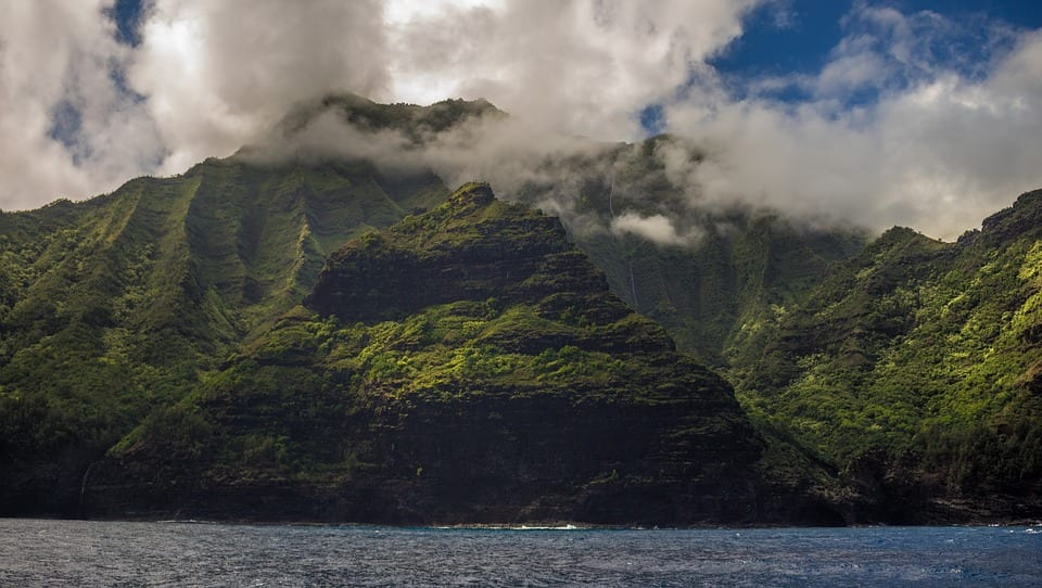 Hawaii sets sights on renewable energy