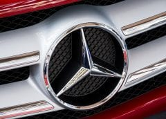 Mercedes-Benz to have new Fuel Cell Vehicles - Mercedes-Benz Symbol on Car