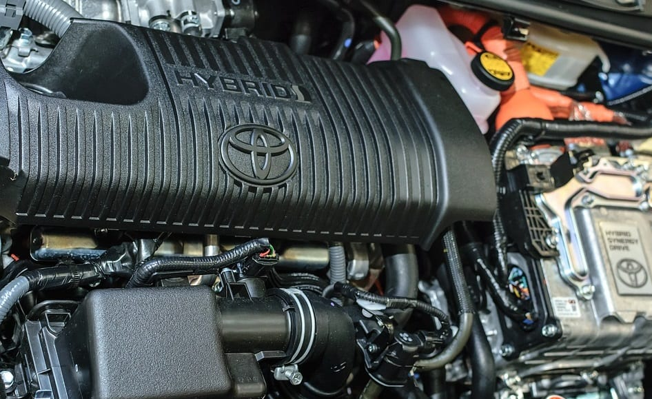 Toyota to launch new batteries for clean vehicles by 2022