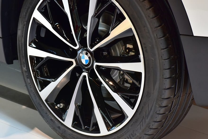 BMW Tire - Hydrogen fuel Cells