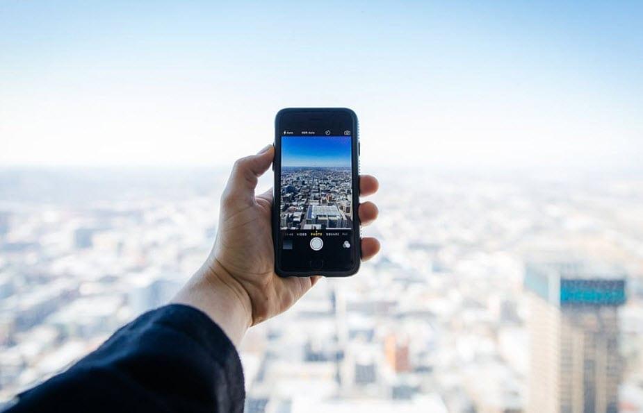 Managing the Environmental Impact of Mobile Phones