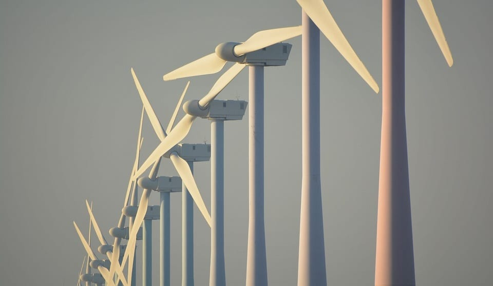 Offshore Wind Energy - Wind Turbine Farm