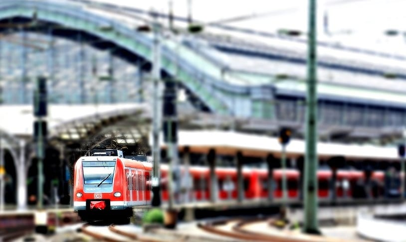 Fuel Cells for Trains - Image of Train in Cologne
