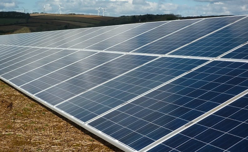 New floating solar energy farm to be built in China