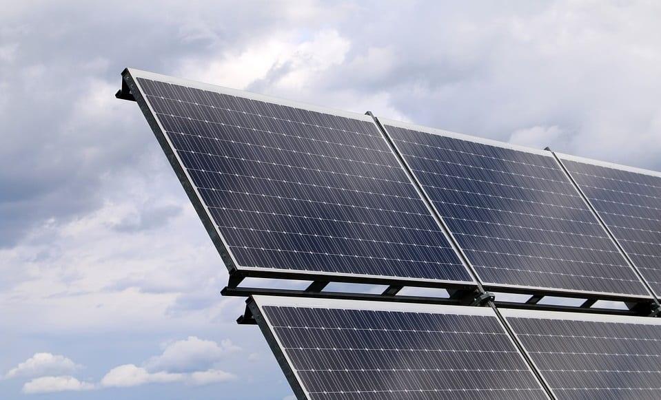 Hydrogen Fuel - Solar Enegy Panels
