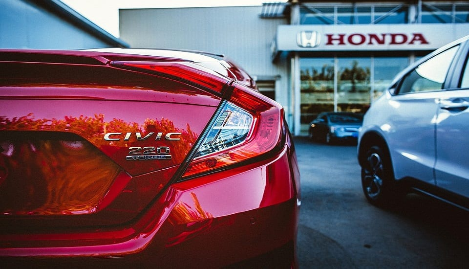 Clean Car - Honda Dealer - Civic