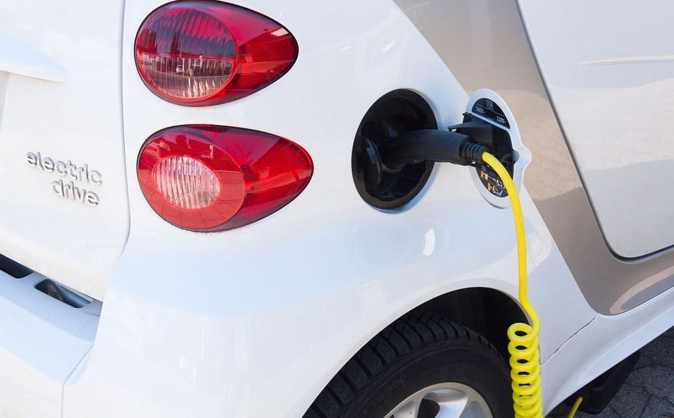Electric cars could save California billions in storage