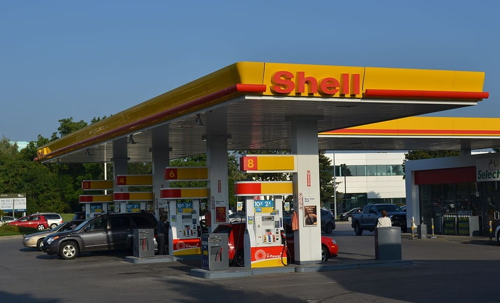 Hydrogen refueling station - Shell Gas Station in Canada