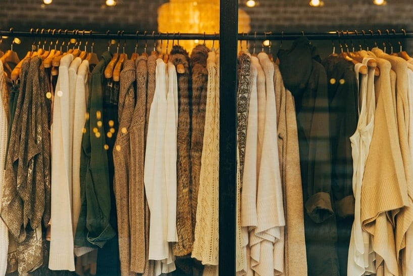 Hydrothermal recycling technology - rack of clothes - shopping