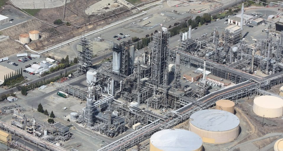 Natural Gas Ban - Natural Gas and oil refinery