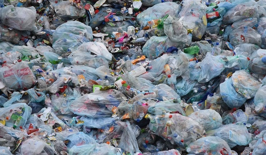 hydrogen fuel cars may be powered by fuel from plastic waste - garbage bags in dump