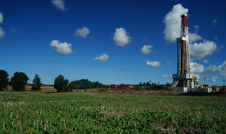 UK fracking - gas drilling - drilling rig