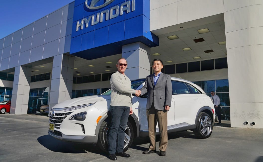 First US Customer receives 2019 Hyundai NEXO fuel cell SUV