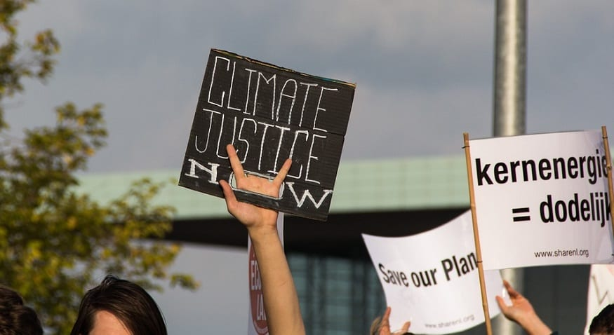 Scientists support students across the globe in massive climate change protests