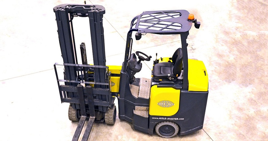 Fuel cell forklifts powered in Japan with solar hydrogen energy
