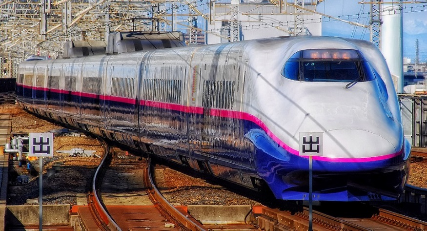 fuel cell trains - train in Japan