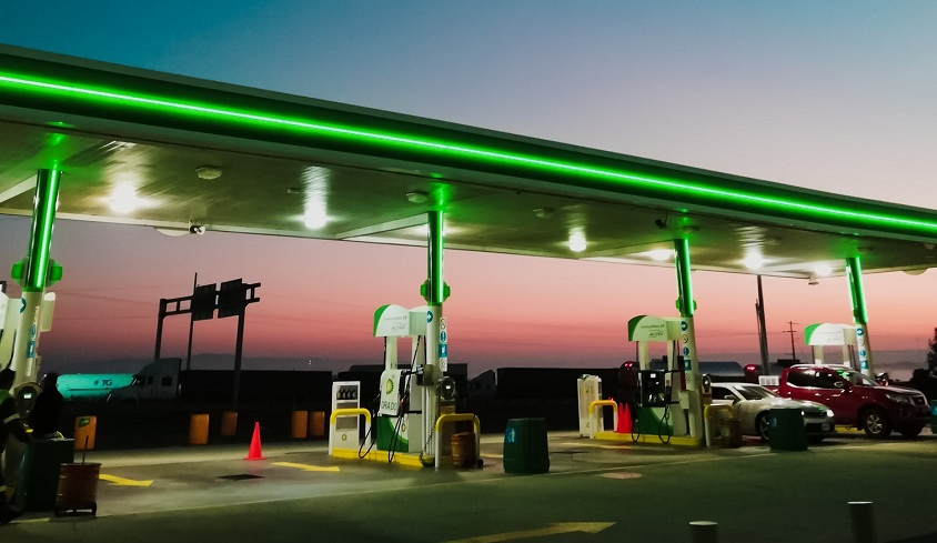hydrogen refueling station explosion - gas station at dusk