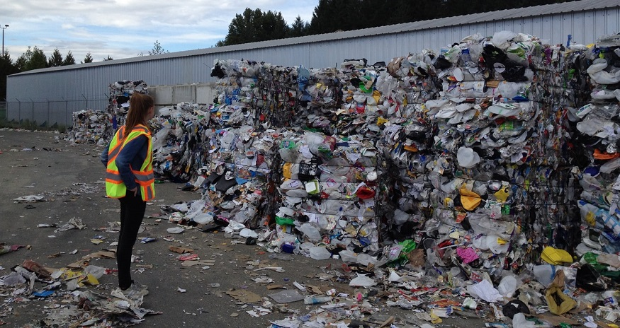 Robots employed to help fix US recycling crisis