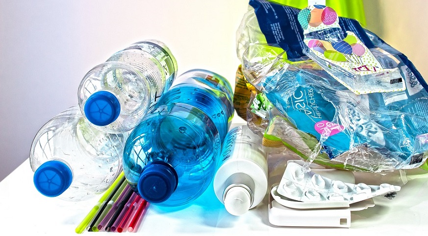 plastic waste to hydrogen - single-use plastic items