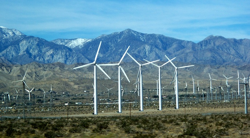 Stanford researchers make unique wind energy farm discovery