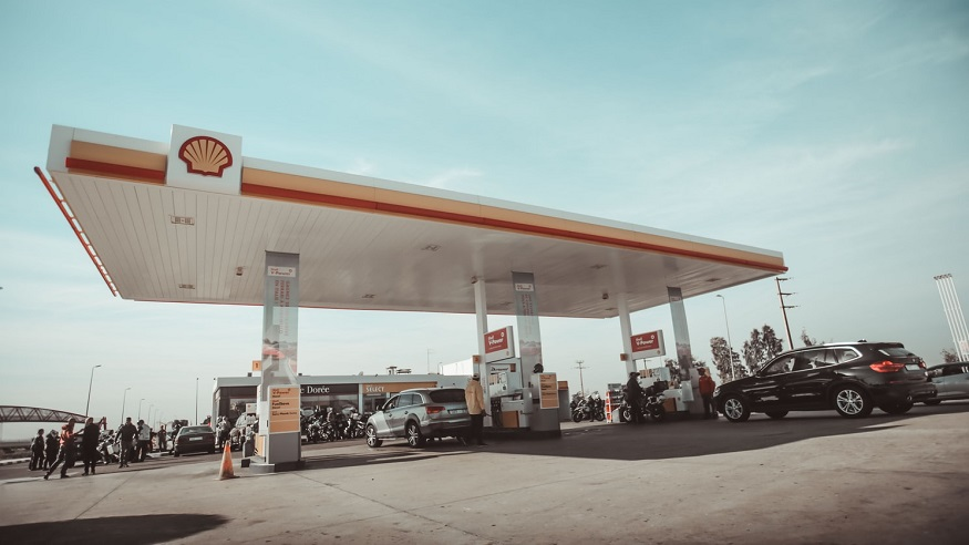 Shell rolls out first Greenlots EV fast charger in Singapore