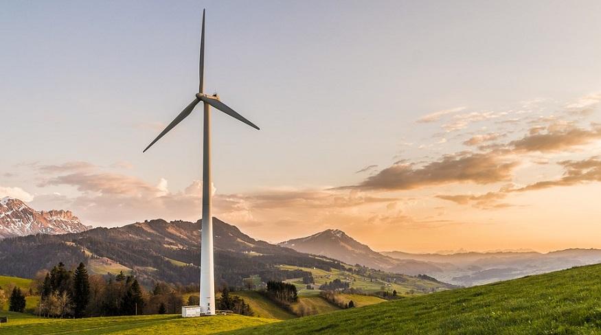 Renewable wind energy - Wind turbine in field