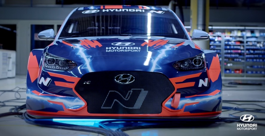 First-ever Hyundai electric racing car can be recharged by hydrogen fuel generator