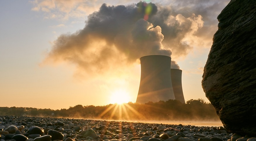 DOE wonders if nuclear energy hydrogen production could help save nuclear power