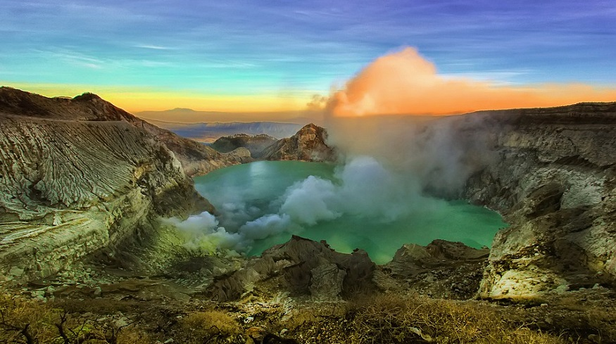 geothermal drilling research - lake and volcano and Indonesia