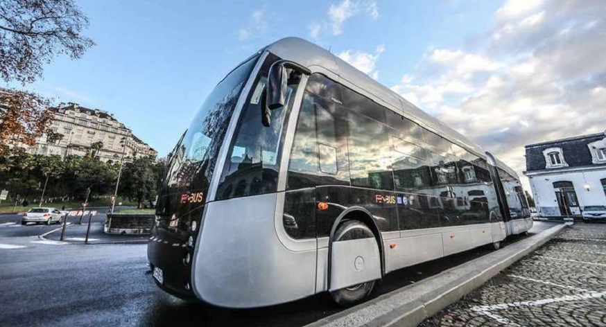 France rolls out world's first fleet of hydrogen transit buses