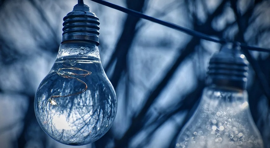 hydrogen energy technology - light bulb - nature - water