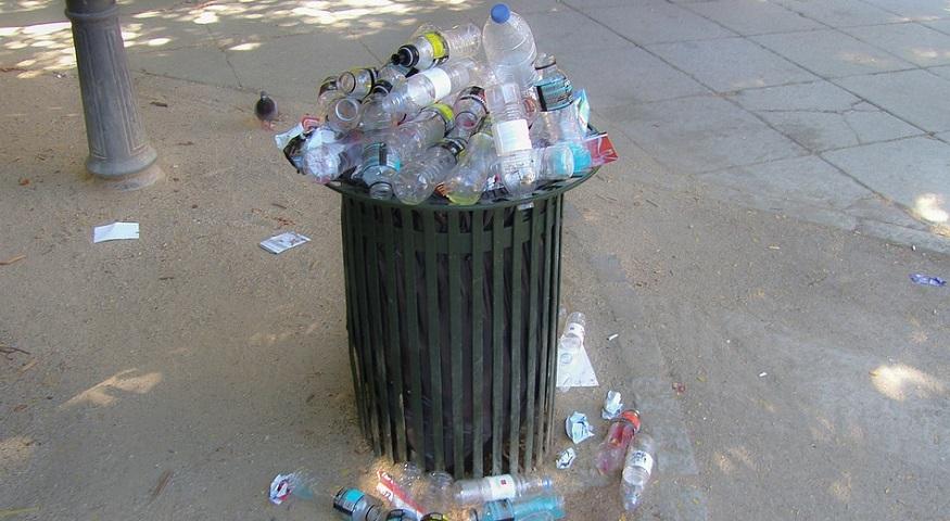 Precious Plastic - Plastic Bottles - Garbage Can