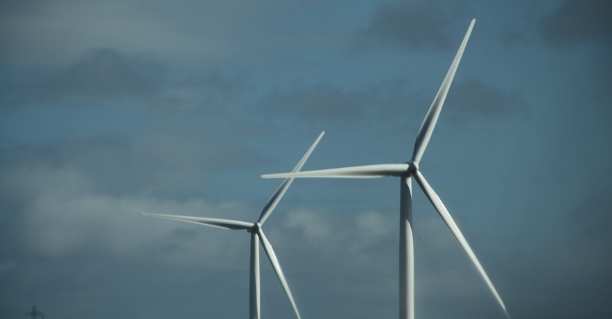 Wind energy costs shrink with efficiency from longer turbine blades