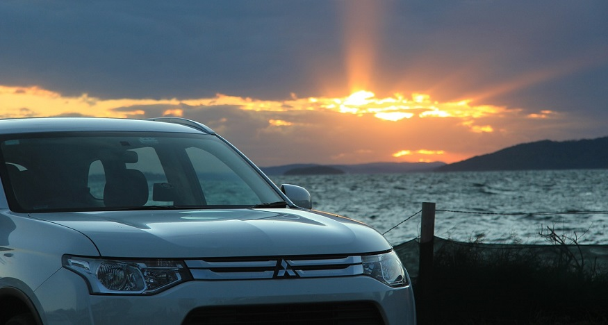 Mitsubishi sustainable hydrogen - Mitsubishi cars at sunset