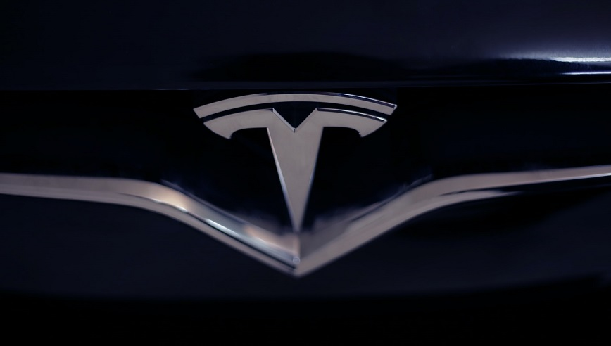 Electric car battery - Tesla logo on car